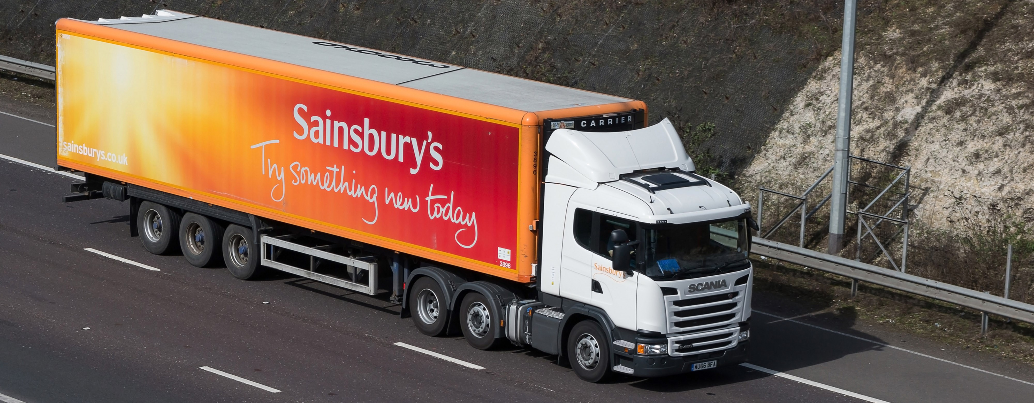 Sainsbury's truck. Photo: Gorgios/Dreamstime