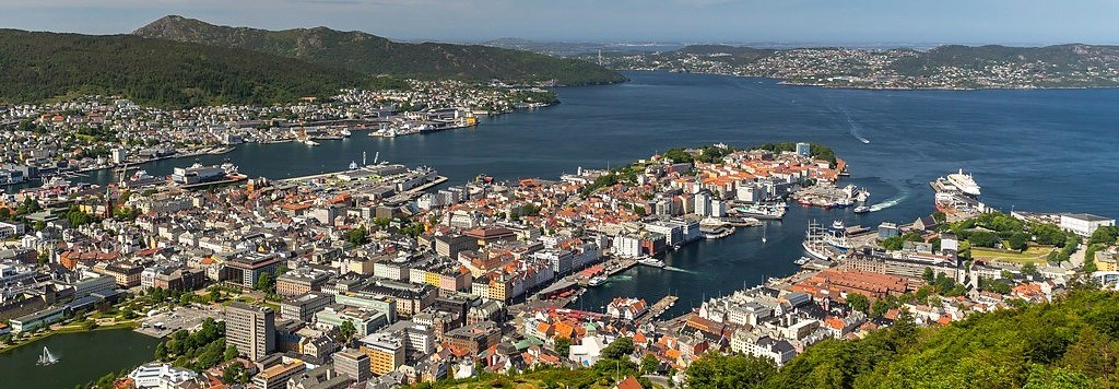 View from Fløyen, one of the seven mountains surrounding Bergen. Photo: visitbergen.com