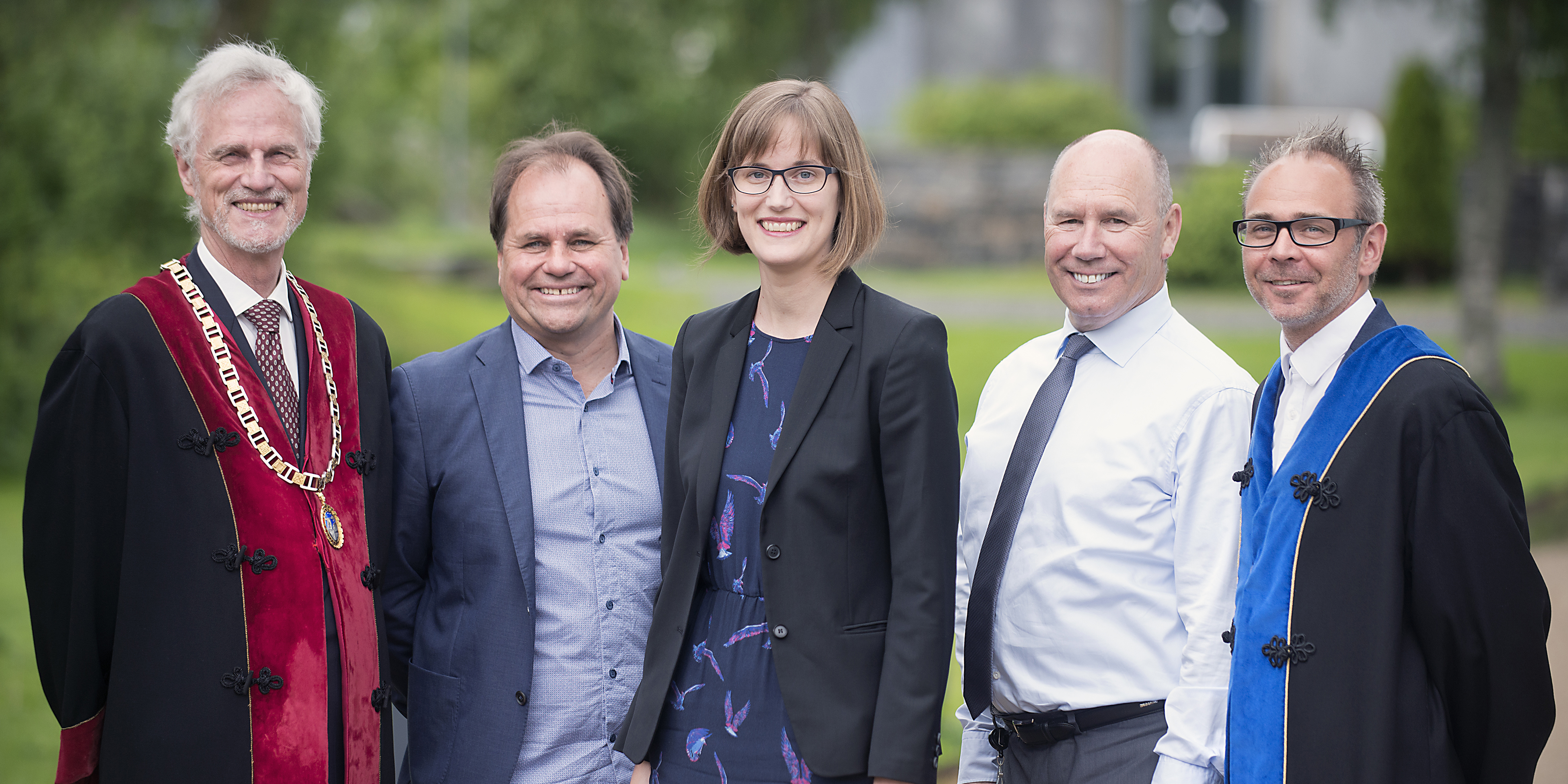 Rector Frøystein Gjesdal, Professor Bertil Tungodden, Assistant Professor Malin Arve, Professor Tor Wallin Andreassen and Professor Helge Thorbjørnsen. Photo: Odd Mehus